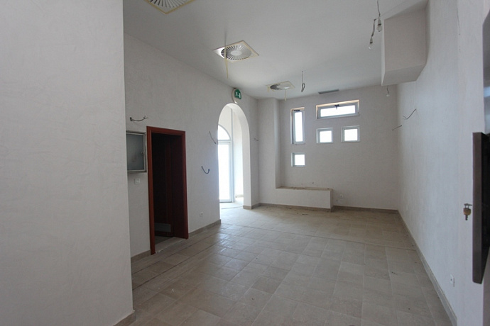659 Budva Svyatoy_Stefan Commerce property 330m2