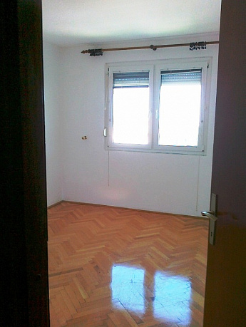 1319 Bar  Apartment 3r 90m2