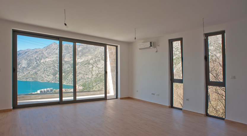 1286 Kotor Risan Apartment 1r 48m2