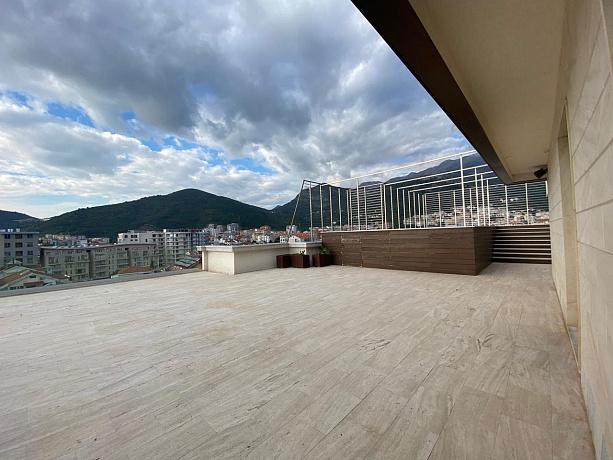 3486 Budva Budva Apartment 3r 116+280m2