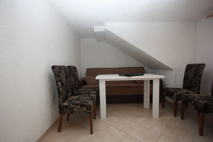 2378 Bar Sutomore Townhouse 3r 195m2